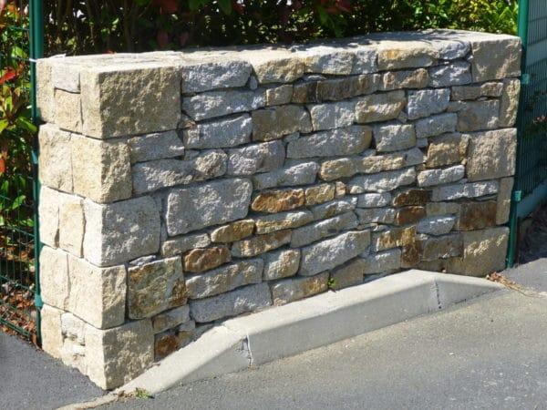 Muret pierres seches 2 - Muret en pierre